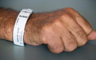 La importancia de las pulseras identificativas en los hospitales para la correcta gestión de los pacientes
